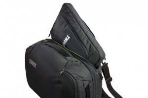 Thule Subterra Carry-On 40L Dark Shadow